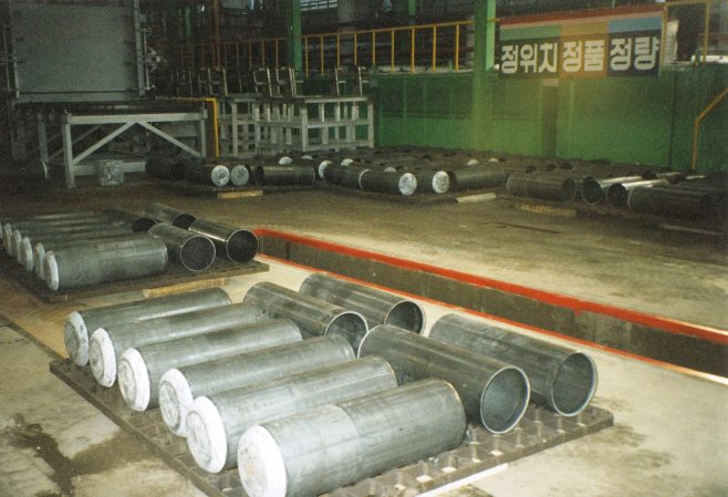 JB273  More intermediate stage cylinders | Supplied by John Bancroft