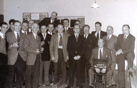 A 'large gathering' of Fielding people, taken c.1960