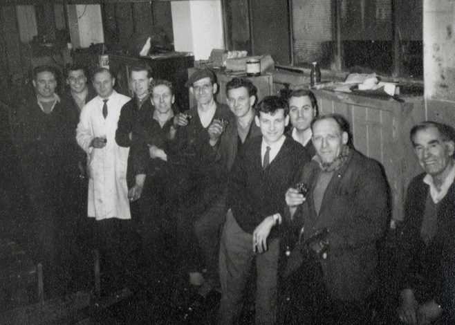 Henry Savage, ?, Monty Blunt (Foreman), Ray Price, ?, Alf Critchley, John Lewis, Chris Hemmings, Don Keyse, Arthur Aperley, George Simpson.