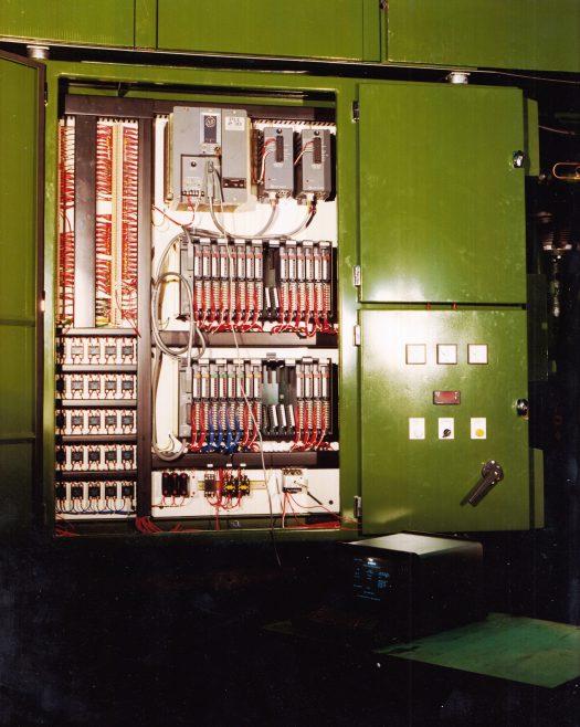 R035 | By kind permission of Rhodes Interform Ltd.