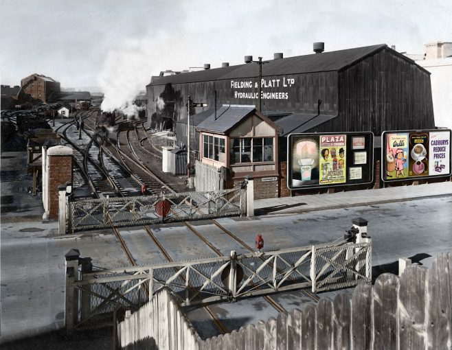 Sudbrook Crossing, an impressive specially colourised version of an original B & W, c.1950s | Courtesy of Mark Judd, 05/2016