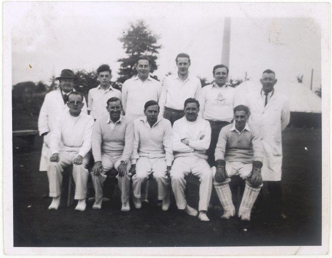 Cricket team photograph