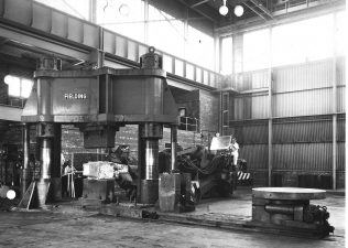 2000 ton Two Column Forging Press | H. Hindle